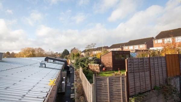 newbury_-_rg14_2nu_-_roof_01