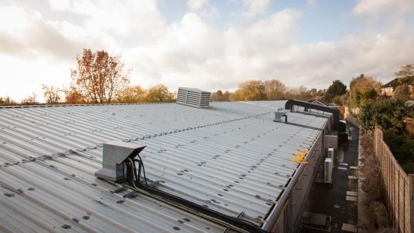 newbury_-_rg14_2nu_-_roof_02