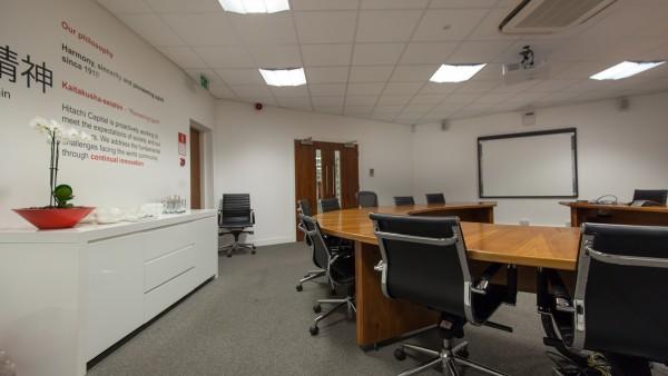 newbury_-_rg14_2nu_-conference_room,_first_floor_02