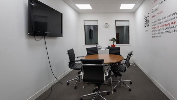 newbury_-_rg14_2nu_-meeting_room,_first_floor_04