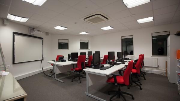 newbury_-_rg14_2nu_-training_room,_first_floor