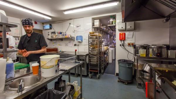 glasgow_-__g2_5lq_-_martha_s_kitchen_002