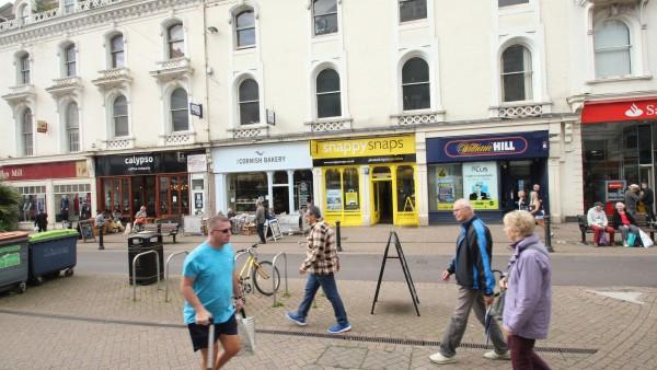 Snappy Snaps | Unit 2 | | 42 Fleet Street | | | Devon  | Torquay | | TQ2 5DW