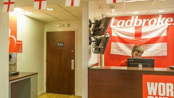 northampton-ladbrokes-124