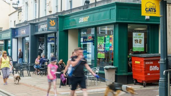 17 Wellington Street | |  | | Devon  | Teignmouth | | TQ14 8HW