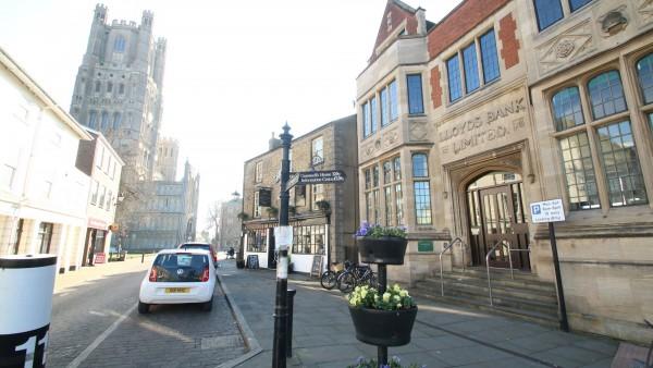 Ely-Cambridgeshire-retail-property-investment-CB74EN