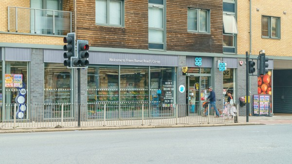 co-op-new_southgate-london-property-retail-investment_n11_1nd_-_116